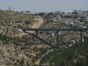 Brücke über das Cremisan-Tal