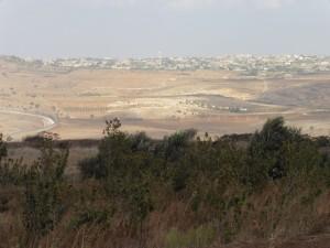Blick auf die syrische Stadt Kuneitra