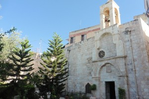 sehr alte Kirche in Burqin