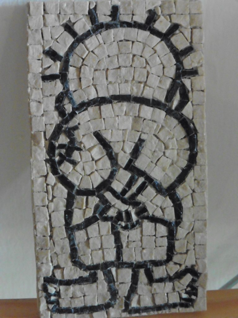 Hanzala, die Symbolfigur der palästinensischen Flüchtlinge, als Mosaik