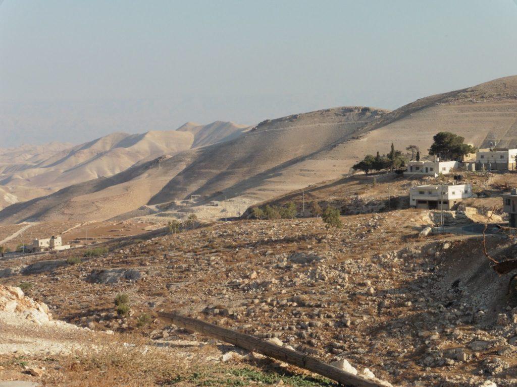 wundervolle Aussichten in die judäische Wüste